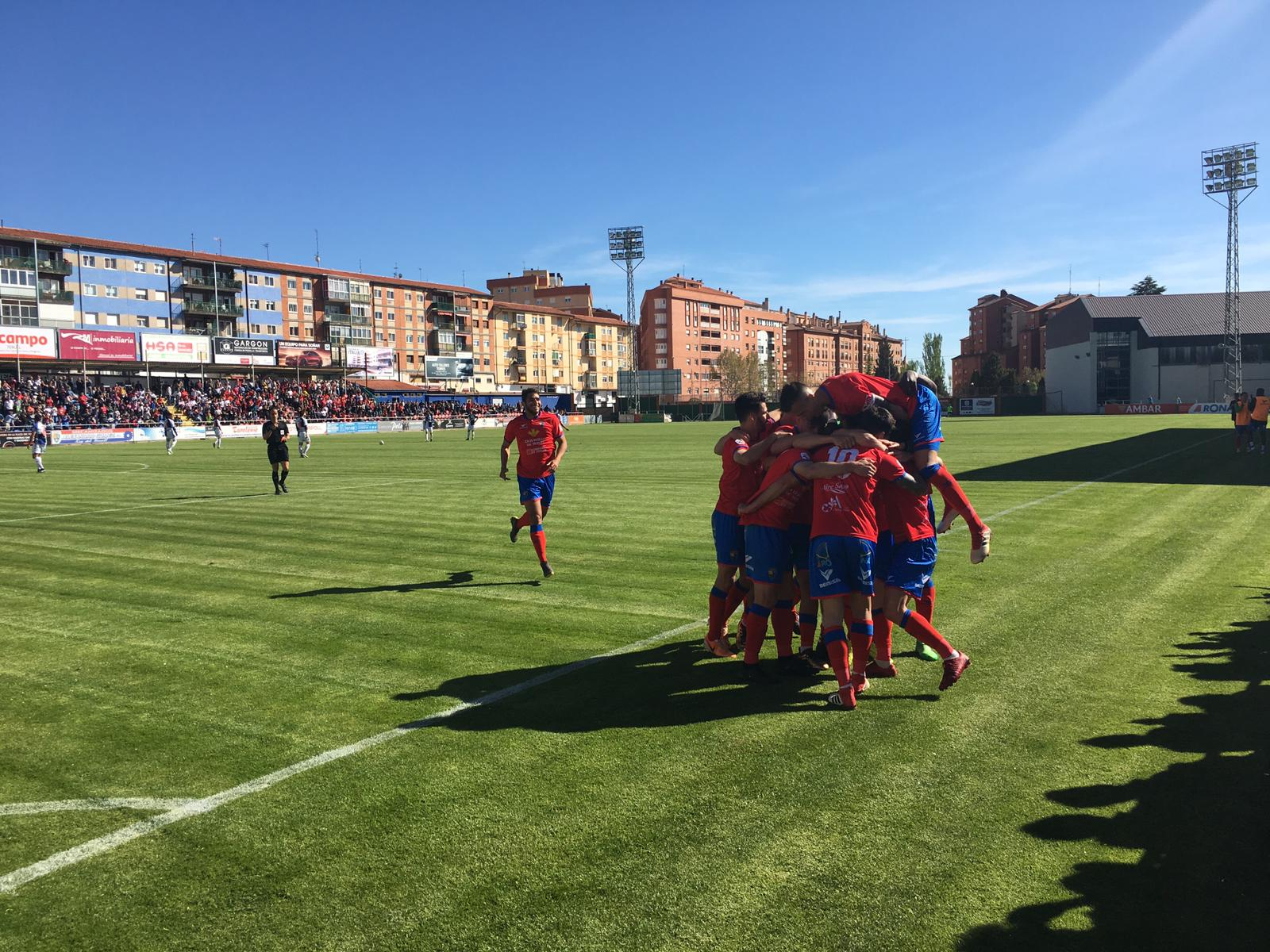 ▷ El Teruel impone su ley   CD Sariñena - CD Teruel - SPORTARAGON.com
