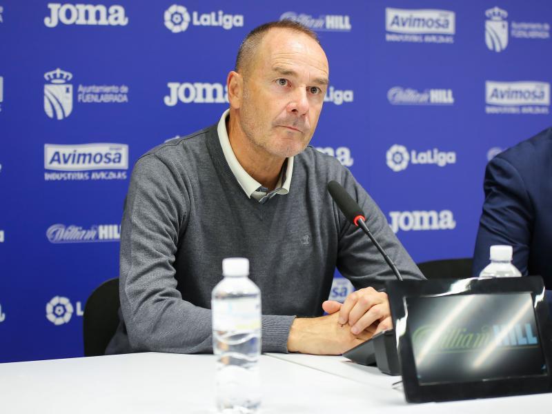 """▷ Víctor: """"Igual pongo a Linares en la primera parte y no mete""""   Noticias Real Zaragoza - SPORTARAGON.com"""
