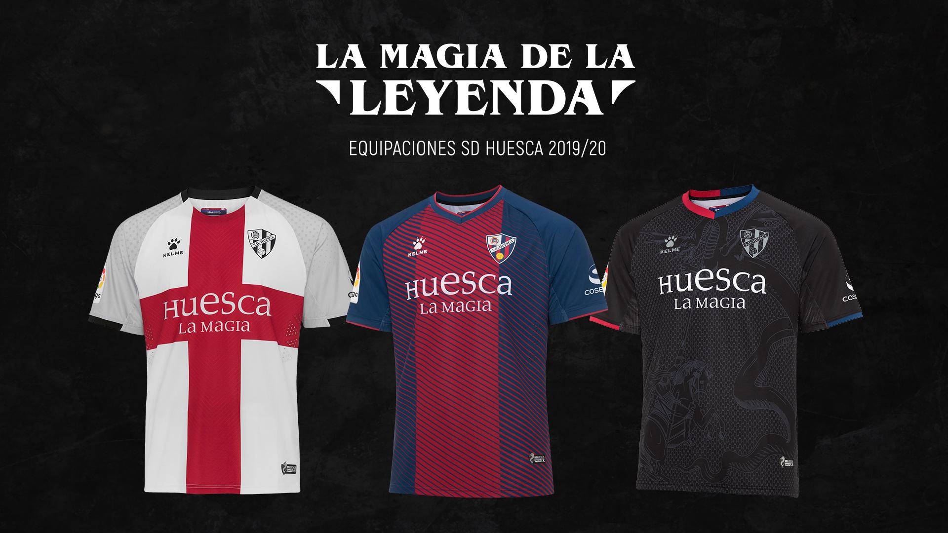 La camiseta negra de la SD Huesca en el top 3 de España